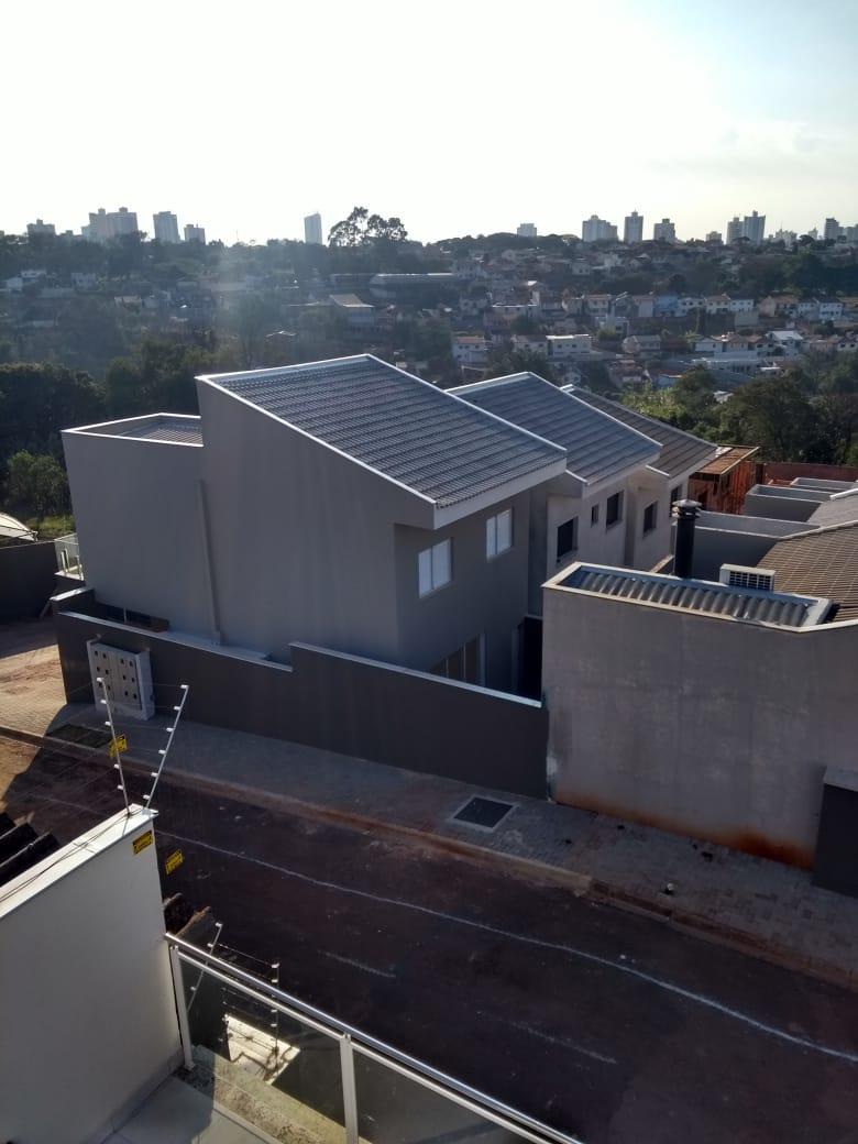 Sobrados em Construção no Condomínio Fechado Village Tokio - Londrina